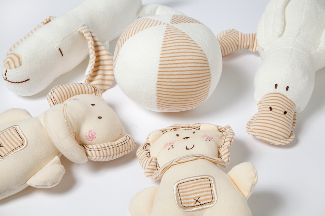 Organic Baby Toys : A r cashmere